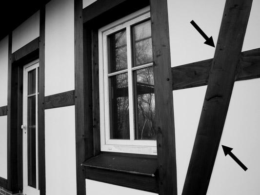3 Anschlüsse an Holzbauteilen und Holzwerkstoffen in IVD-Merkblatt 20 - Fugenabdichtung an Holzbauteilen und Holzwerkstoffen auf www.abdichten.de